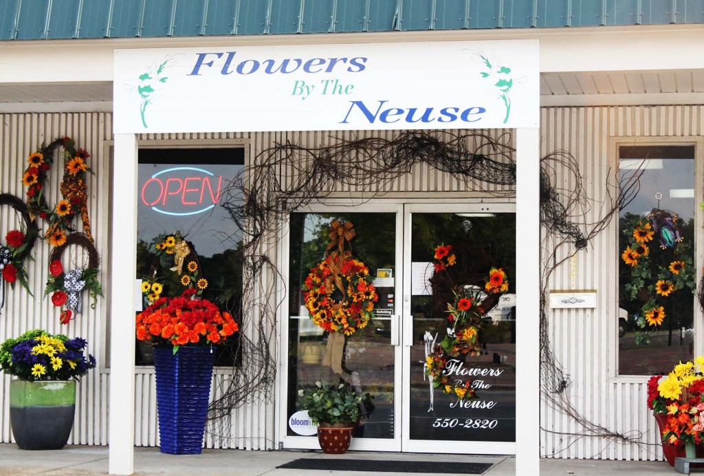 flowersbytheneuse-storefront
